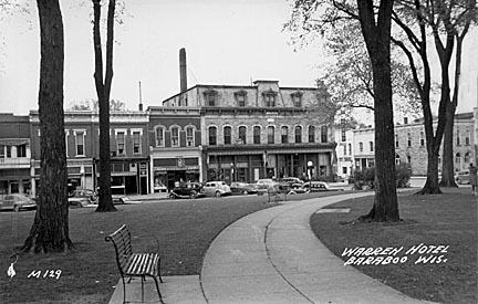 Baraboo The Warren Hotel Built In 1884 And Located On Corner Of
